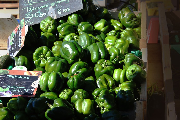 Green peppers on local market | Infinite belly