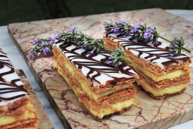 Lavender-infused mousseline custard millefeuille - Infinite belly