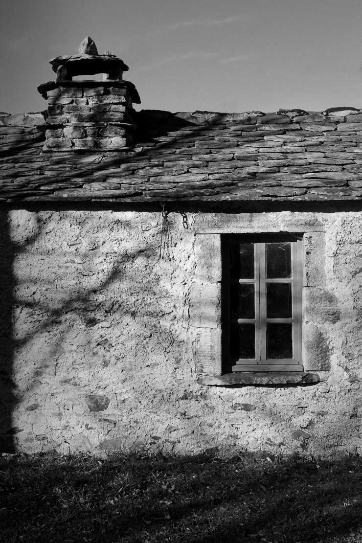 Old village house in Auvergne | Infinite belly