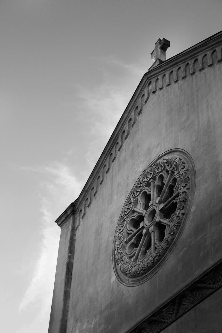 Marseille church | Infinite belly